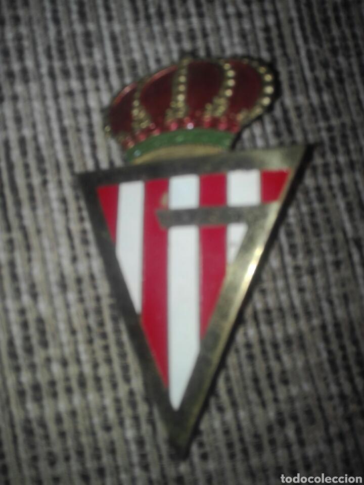 PLACA ESMALTADA PARA COCHE FUTBOL GIJON AÑOS 60 (Coleccionismo Deportivo - Banderas y Banderines de Fútbol)