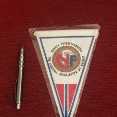 Coleccionismo deportivo: BANDERIN FEDERACION FUTBOL NORUEGA FNF . Lote 130217887