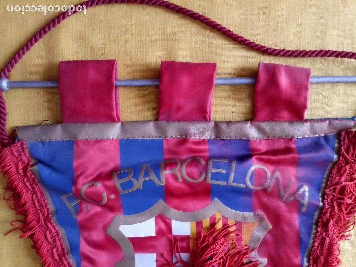 Coleccionismo deportivo: BANDERIN CF BARCELONA - IMPRESO EN BOLGRAPH DE BARCELONA - 47 x 31 CMS - Foto 4 - 130658013