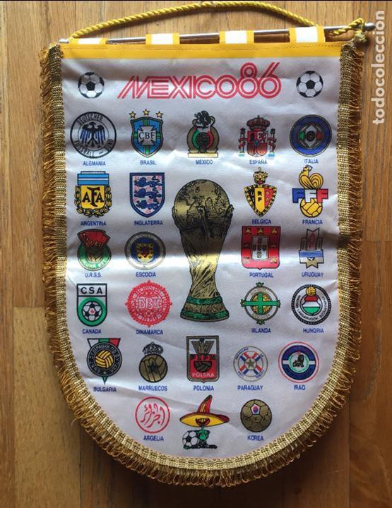 BANDERIN ORIGINAL MEXICO 86 CON ESCUDOS DE TODAS LAS SELECCIONES (Coleccionismo Deportivo - Banderas y Banderines de Fútbol)