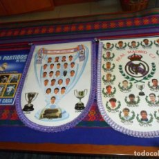 Coleccionismo deportivo: LOTE 2 BANDERÍN REAL MADRID AÑOS 90 43X30 CMS BUEN ESTADO. REGALO LIBRO 2000 PARTIDOS DE LIGA.. Lote 136364414