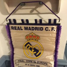 Coleccionismo deportivo: BANDERÍN REAL MADRID 1998. Lote 139497882