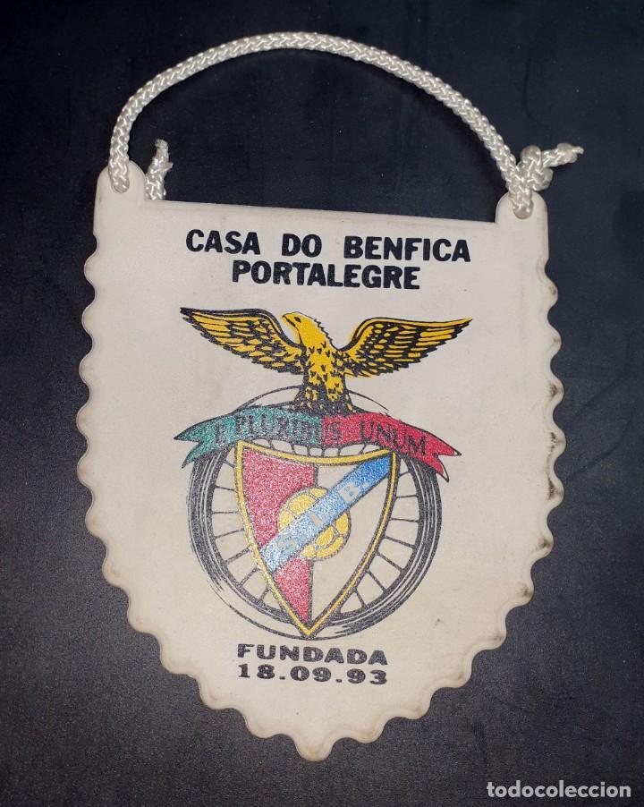 CASA DO BENFICA PORTALEGRE - BANDERIN PEQUEÑO EN GOMA (Coleccionismo Deportivo - Banderas y Banderines de Fútbol)