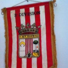Coleccionismo deportivo: C.D ILLUECA. BANDERÍN ANTIGUO. Lote 145718697