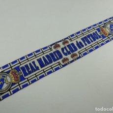 Coleccionismo deportivo: VINTAGE BUFANDA REAL MADRID CLUB DE FUTBOL OBJETO DE COLECCIÓN. Lote 146235534
