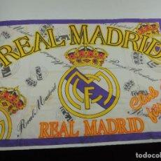 Coleccionismo deportivo: BANDERA DE REAL MADRID CLUB DE FUTBOL. Lote 146257226
