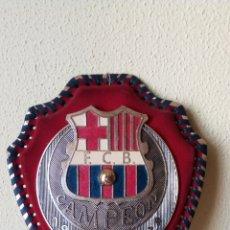 Coleccionismo deportivo: FCB BARCELONA. BARÇA. BANDERIN, ESCARAPELA. ESCUDO PARED. RECOPA 1978-1979. Lote 148431789