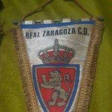 Coleccionismo deportivo: BANDERIN REAL ZARAGOZA FIRMADO 86. Lote 148464402