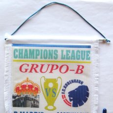 Coleccionismo deportivo: BANDERIN REAL MADRID - FC KOBENHAVN CHAMPIONS LEAGUE 2013 PENNANT WIMPELL FANION. Lote 149871022