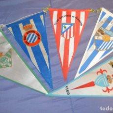 Coleccionismo deportivo: VINTAGE - LOTE DE 5 BANDERINES DE FÚTBOL - ANTIGUOS - VARIADOS - MIRA LAS FOTOS - ENVÍO 24H. Lote 150159706