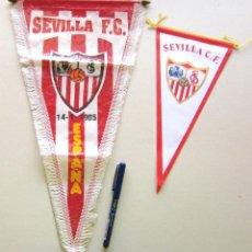 Coleccionismo deportivo: 2 BANDERIN PENNANT WIMPEL SEVILLA FC DIFERENTES GRANDE Y MEDIANO CALIDAD L / 15. Lote 150234490