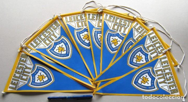 10 BANDERIN PENNANT WIMPEL LEICESTER CITY FC PREMIER ENGLAND 30 X 15 L/32 (Coleccionismo Deportivo - Banderas y Banderines de Fútbol)