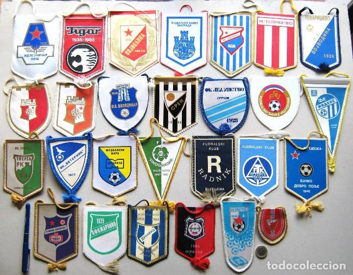 56 BANDERIN PENNANT SERBIA YUGOSLAVIA WIMPEL DIFERENTS EQUIPOS TEAM FUTBOL L/42 (Coleccionismo Deportivo - Banderas y Banderines de Fútbol)