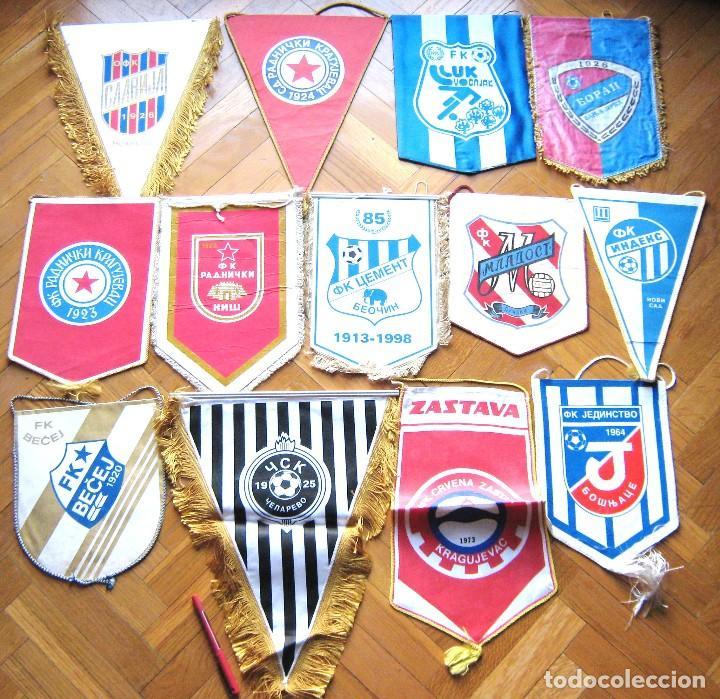 13 BANDERIN -GRANDES- BIG PENNANT SERBIA YUGOSLAVIA WIMPEL EQUIPOS TEAM FUTBOL L/43 (Coleccionismo Deportivo - Banderas y Banderines de Fútbol)