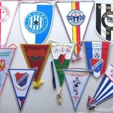 Coleccionismo deportivo: 11 BANDERIN PENNANT REPUBLICA CHECA CESKA CZECH REPUBLIC TEAMS WIMPEL L52. Lote 150237054