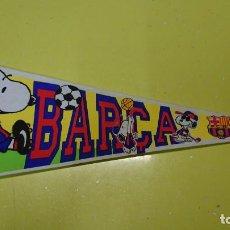 Coleccionismo deportivo: BANDERIN SNOOPY PEANUTS FÚTBOL CLUB BARCELONA BARSA AÑO 1998 PUBLICIDAD SPORT . Lote 150326442