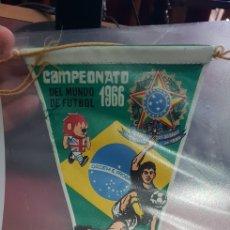 Coleccionismo deportivo: BANDERÍN DE FÚTBOL DE BRASIL MUNDIAL DE INGLATERRA AÑO 1966 GIOR. Lote 150740421
