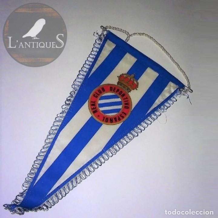 BANDERÍN CON RIBETE DEL REAL CLUB DEPORTIVO ESPAÑOL, CON VARILLA DE ALUMINIO, ANTIGUO (Coleccionismo Deportivo - Banderas y Banderines de Fútbol)