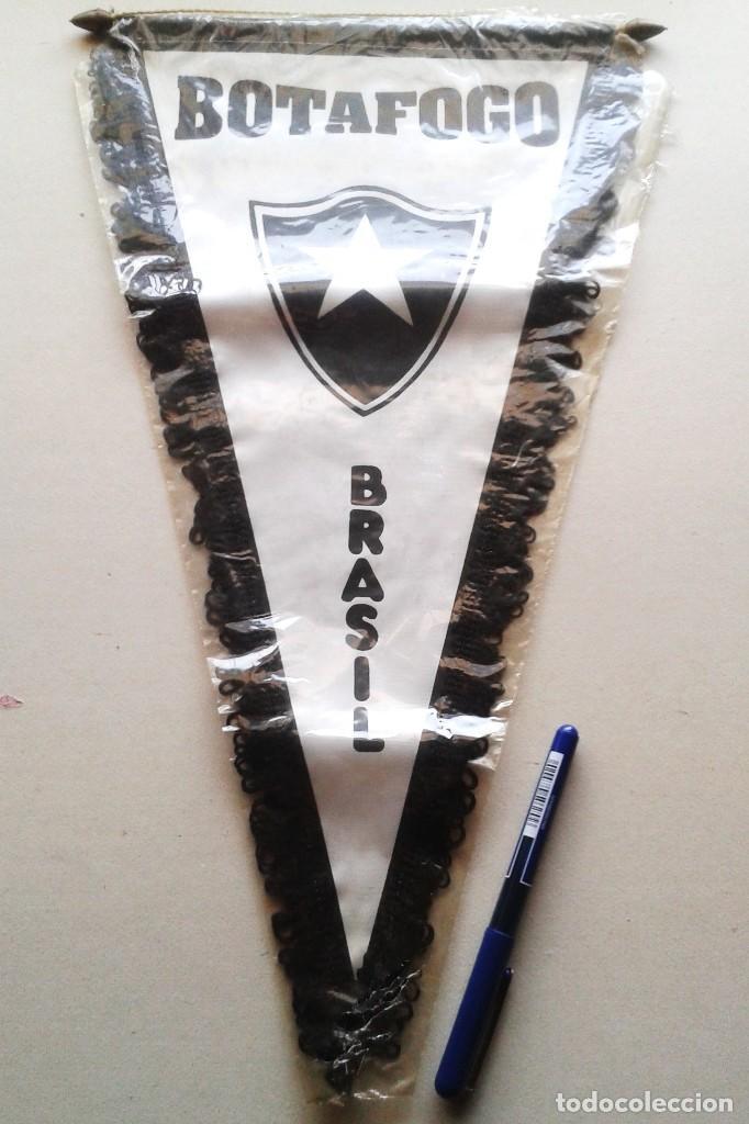 BANDERIN GRANDE FR BOTAFOGO NUEVO RIO JANEIRO FUTEBOL BRASIL 42 X 25 BIG PENNANT WIMPEL GALLARDETE (Coleccionismo Deportivo - Banderas y Banderines de Fútbol)
