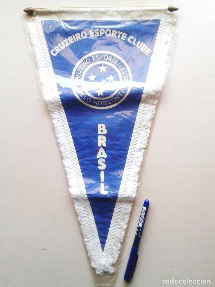 BANDERIN GRANDE CRUZEIRO ESPORTE CLUBE BELO HORIZONTE BRASIL NUEVO 42 X 25 PENNANT WIMPEL GALLARDETE (Coleccionismo Deportivo - Banderas y Banderines de Fútbol)
