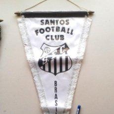 Coleccionismo deportivo: BANDERIN GRANDE SANTOS FC FUTEBOL CLUBE SAO PAULO BRASIL NUEVO 42 X 25 PENNANT WIMPEL GALLARDETE. Lote 152752654