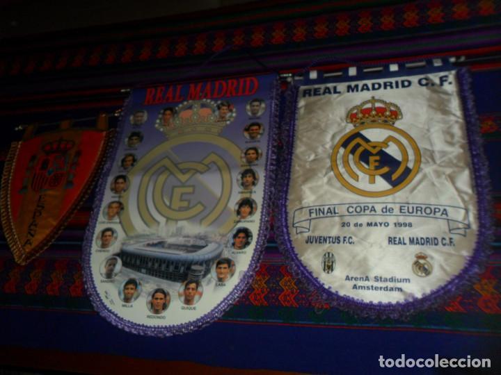BANDERÍN REAL MADRID FINAL COPA EUROPA 1998 JUVENTUS Y TEMPORADA 95 96. REGALO BANDERÍN ESPAÑA. BE. (Coleccionismo Deportivo - Banderas y Banderines de Fútbol)