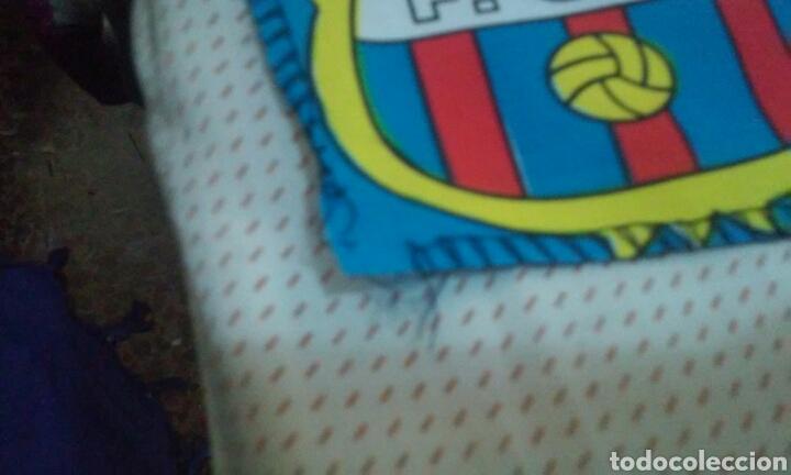Coleccionismo deportivo: BANDERAS FLAGS ANTIGUAS DE RONALDO NAZARIO Y DEL FUTBOL CLUB BARCELONA - Foto 3 - 153260206