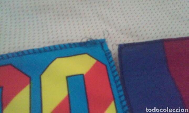 Coleccionismo deportivo: BANDERAS FLAGS ANTIGUAS DE RONALDO NAZARIO Y DEL FUTBOL CLUB BARCELONA - Foto 4 - 153260206