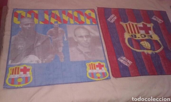 Coleccionismo deportivo: BANDERAS FLAGS ANTIGUAS DE RONALDO NAZARIO Y DEL FUTBOL CLUB BARCELONA - Foto 7 - 153260206