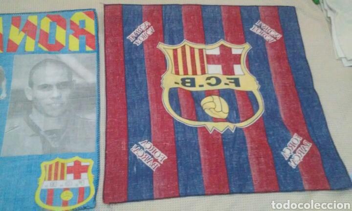Coleccionismo deportivo: BANDERAS FLAGS ANTIGUAS DE RONALDO NAZARIO Y DEL FUTBOL CLUB BARCELONA - Foto 10 - 153260206