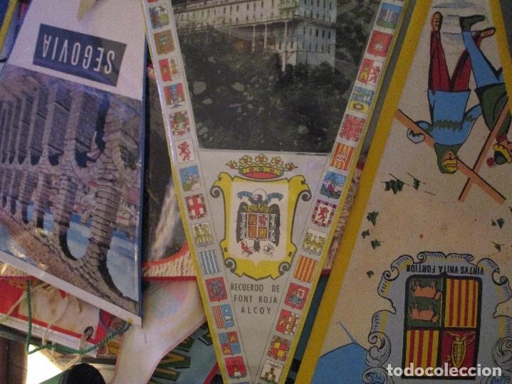 Coleccionismo deportivo: gran LOTE 30 BANDERINES VARIADOS ANTIGUOS CIUDADES ESPAÑA EUROPA DOMUND CANARIAS ALICANTE ETC - Foto 4 - 134900902
