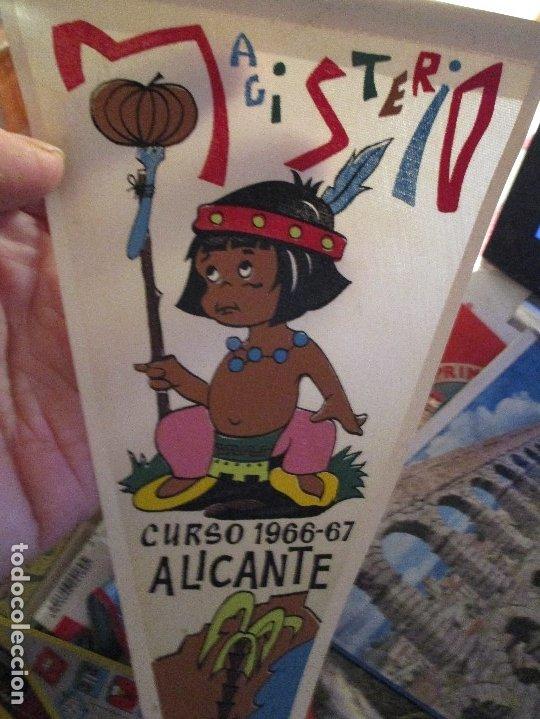 Coleccionismo deportivo: gran LOTE 30 BANDERINES VARIADOS ANTIGUOS CIUDADES ESPAÑA EUROPA DOMUND CANARIAS ALICANTE ETC - Foto 6 - 134900902