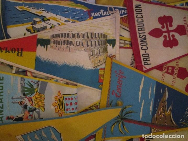 Coleccionismo deportivo: gran LOTE 30 BANDERINES VARIADOS ANTIGUOS CIUDADES ESPAÑA EUROPA DOMUND CANARIAS ALICANTE ETC - Foto 7 - 134900902