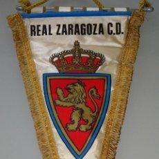 Coleccionismo deportivo: BANDERÍN DE FÚTBOL. AÑOS 70. REAL ZARAGOZA C.D. 45 CM. Lote 159180778