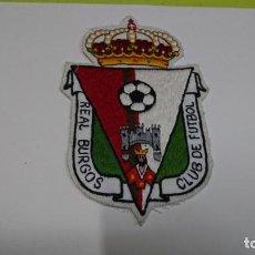 Coleccionismo deportivo: ESCUDO EN TELA CON HILO REAL BURGOS CLUB DE FÚTBOL . Lote 159341054