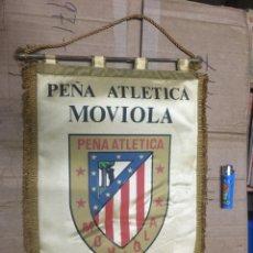 Collectionnisme sportif: BANDERIN ATLETICO MADRID PEÑA ATLETICA MOVIOLA III ANIVERSARIO 1979. Lote 164767350