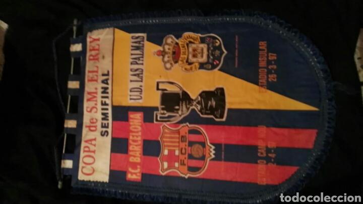 Coleccionismo deportivo: lote banderines banderas llaveros guantes boxeo camiseta larsson nº7 llaveros gorras fc barcelona - Foto 6 - 165610704