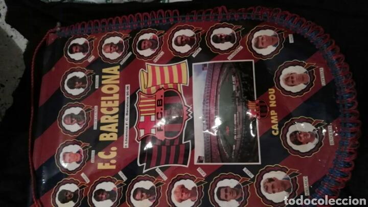 Coleccionismo deportivo: lote banderines banderas llaveros guantes boxeo camiseta larsson nº7 llaveros gorras fc barcelona - Foto 8 - 165610704