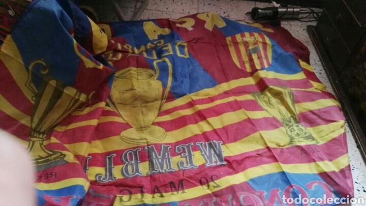 Coleccionismo deportivo: lote banderines banderas llaveros guantes boxeo camiseta larsson nº7 llaveros gorras fc barcelona - Foto 12 - 165610704
