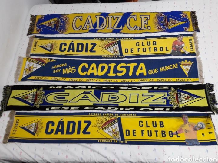 COLECION ANTIGUAS BUFANDAS CADIZ CLUB DE FUTBOL ALGUNAS BORDADAS (Coleccionismo Deportivo - Banderas y Banderines de Fútbol)