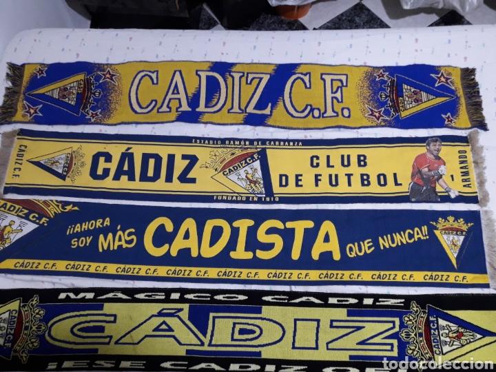 Coleccionismo deportivo: COLECION ANTIGUAS BUFANDAS CADIZ CLUB DE FUTBOL ALGUNAS BORDADAS - Foto 2 - 171545712