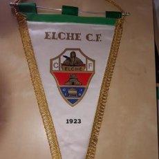 Coleccionismo deportivo: BANDERÍN ELCHE CF PENNANT. Lote 171756447
