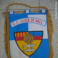 Coleccionismo deportivo: BANDERIN DEL CLUB DE FUTBOL LLIÇA DE VALL MIDE 31 DE LARGO. Lote 172113385