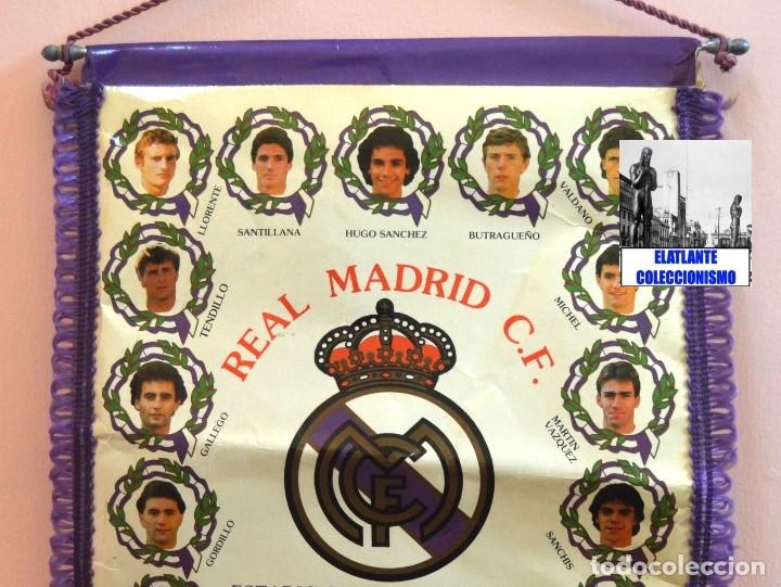 Coleccionismo deportivo: BANDERIN REAL MADRID TEMPORADA 1987 - 1988 - SANTIAGO BERNABEU BUYO SANCHIS HUGO SÁNCHEZ VALDANO - Foto 11 - 173154764