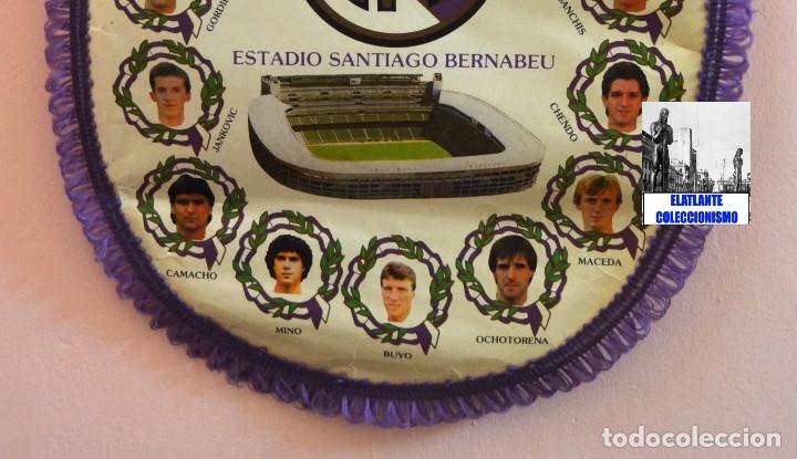 Coleccionismo deportivo: BANDERIN REAL MADRID TEMPORADA 1987 - 1988 - SANTIAGO BERNABEU BUYO SANCHIS HUGO SÁNCHEZ VALDANO - Foto 13 - 173154764
