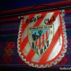 Collezionismo sportivo: BANDERÍN ATHLETIC CLUB DE BILBAO CON AUTÓGRAFO ¿TOQUERO?. 14X11,50 CMS PRODUCTO OFICIAL LICENCIADO. . Lote 173223827