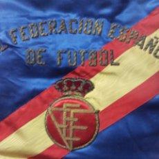 Coleccionismo deportivo: ANTIGUO BANDERIN REAL FEDERACION ESPAÑOLA DE FUTBOL. Lote 173837073