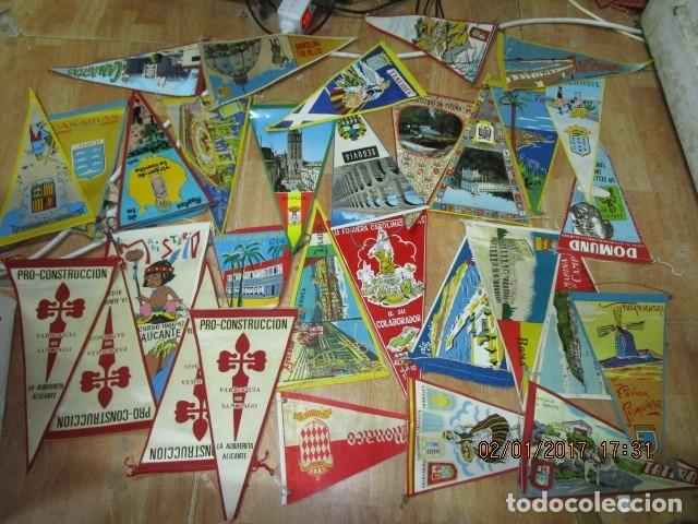 GRAN LOTE 30 BANDERINES VARIADOS ANTIGUOS CIUDADES ESPAÑA EUROPA DOMUND CANARIAS ALICANTE ETC (Coleccionismo Deportivo - Banderas y Banderines de Fútbol)