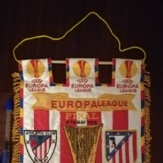 Coleccionismo deportivo: BANDERIN FINAL EUROPA LEAGUE 2012 BUCAREST ATLETICO DE MADRID ATHLETIC BILBAO . Lote 177463369