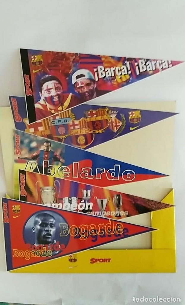 Coleccionismo deportivo: COLECCION UNICA 25 LOS BANDERINES DEL BARÇA ADHESIVOS 98/99 SPORT 30 x 15 cm NUNCA PEGADOS - Foto 3 - 177575765